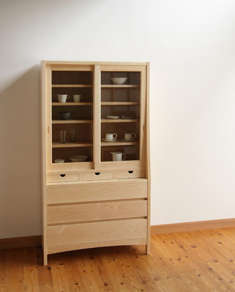 家具工房クラポ・引き戸のオーダーキャビネット(食器棚) メープル無垢