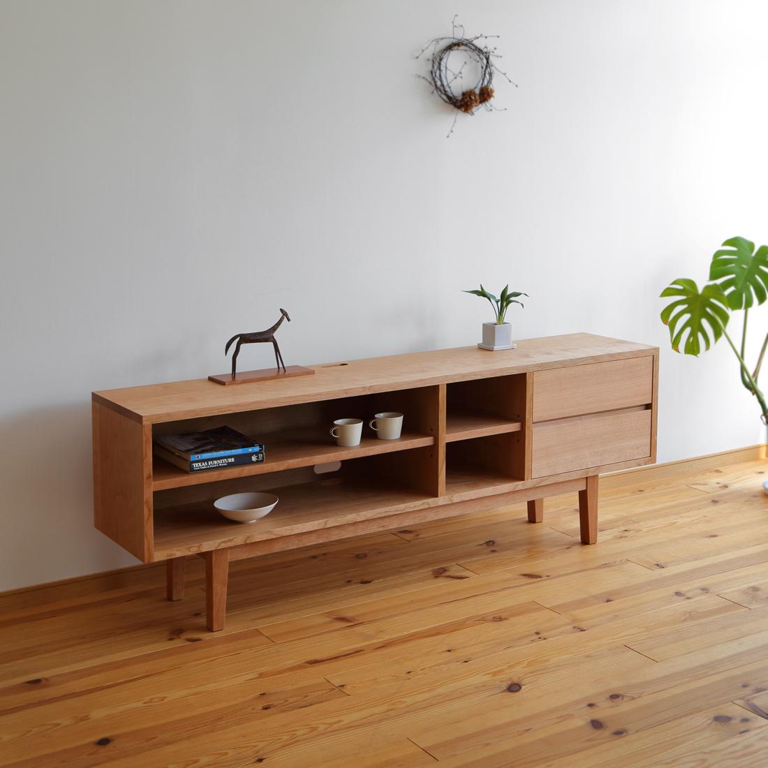 チェリー無垢材のオーダーテレビボード・c-279(幅180cm 高さ65㎝) 家具