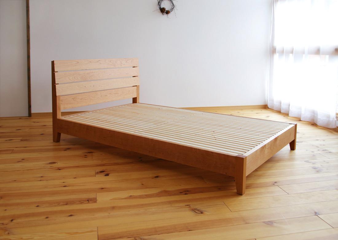 ... ベッド (セミダブル